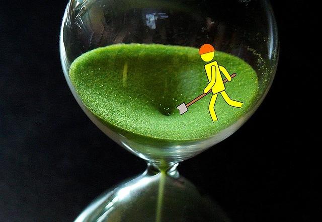 hourglass-1162958_640